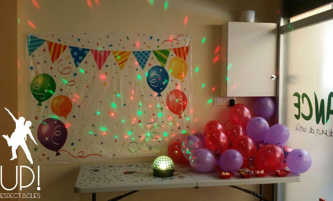 Un cumpleaños divertido bailando al ritmo de los 80's