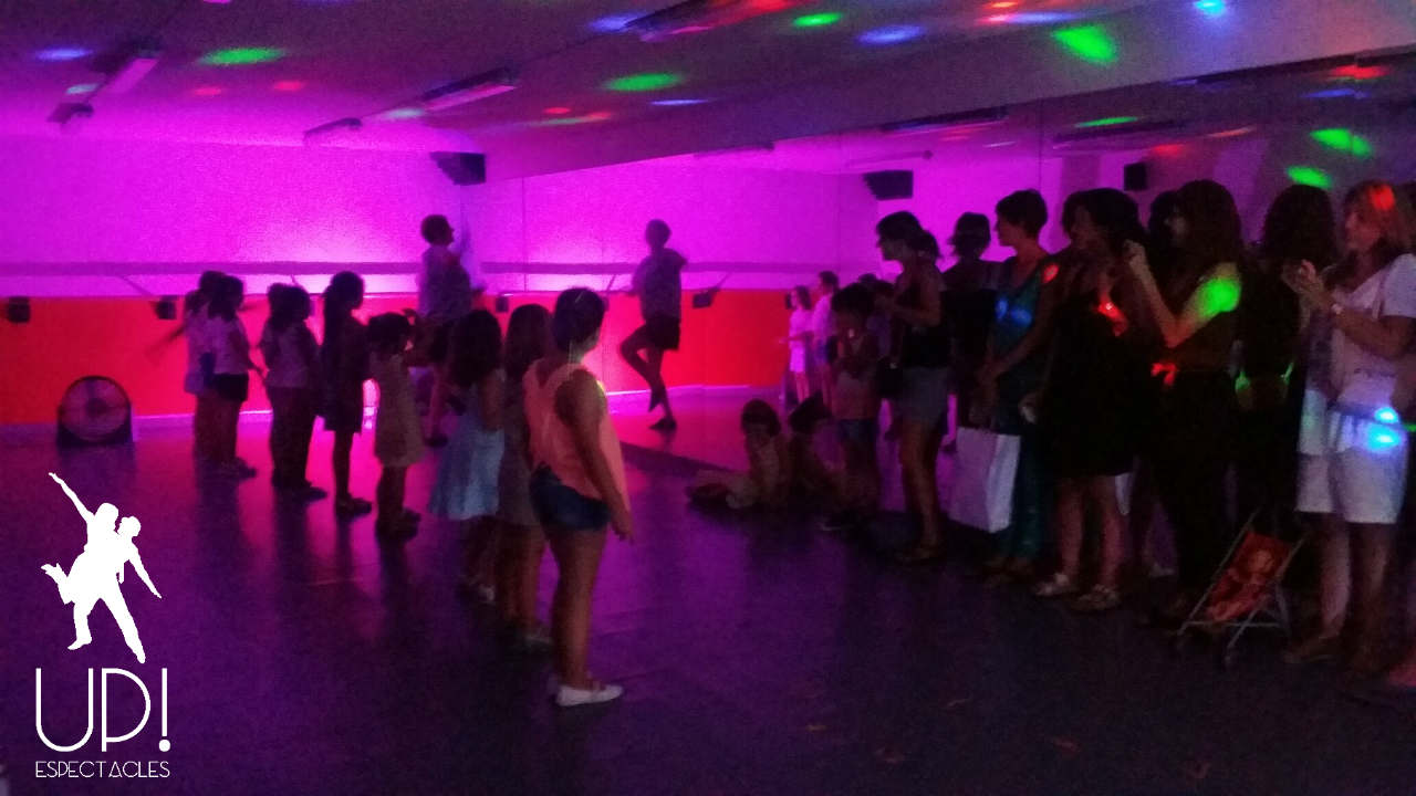 Taller de baile para niños Let's Dance en Up!Espectacles