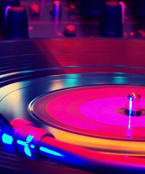 Taller de baile música disco en Barcelona con Up!Dansa