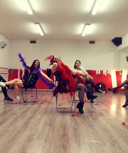 Talleres de baile para adultos en Barcelona con Up!Dansa